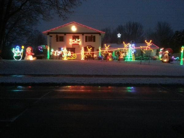 Best Christmas Lights Display - 11314 Kings Crossing