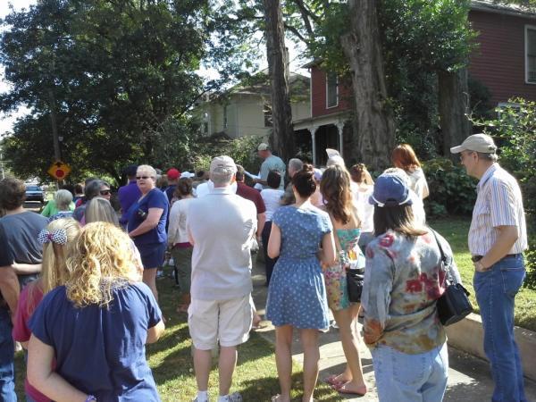 Old Town Historic District Fall Walking Tour in Huntsville, Al via iHeartHsv.com