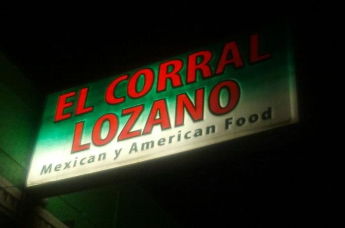 El Coral Lozano Sign