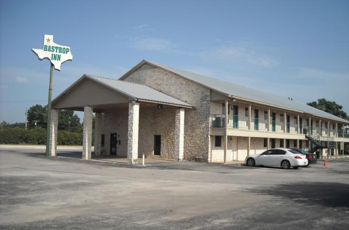 Bastrop Inn