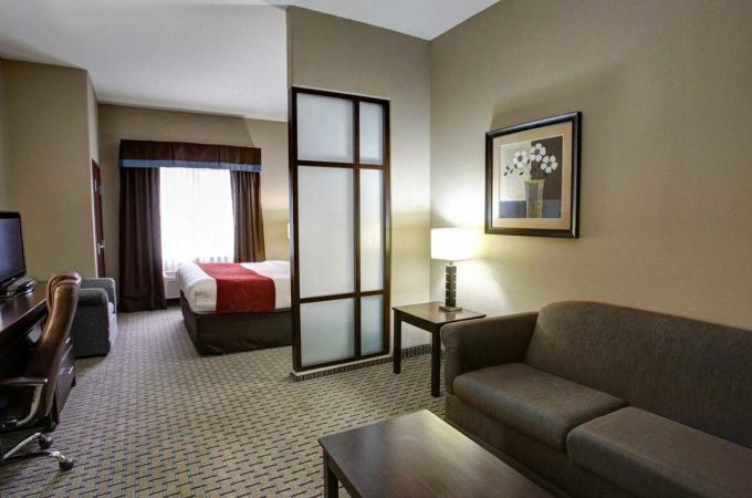 King Suite 2