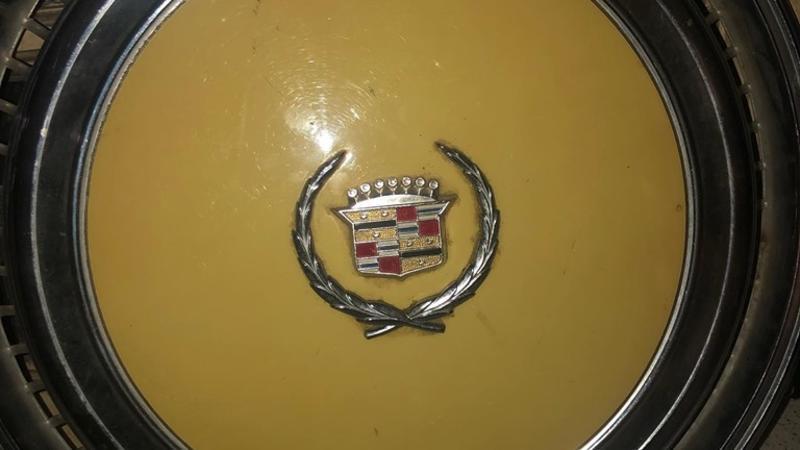 Cadillac Hub Cap