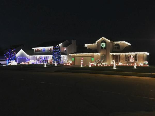 7527 Scarlet Ct - Best Christmas Light Displays - EAST - Fort Wayne