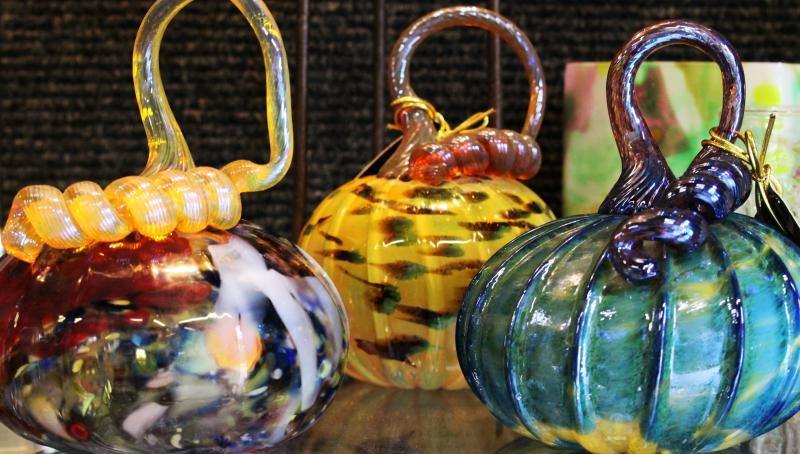 HMB Art Glass Pumpkins