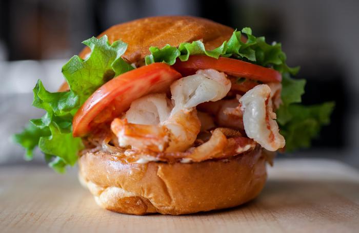 Paulie's Restaurant / Shrimp BLT