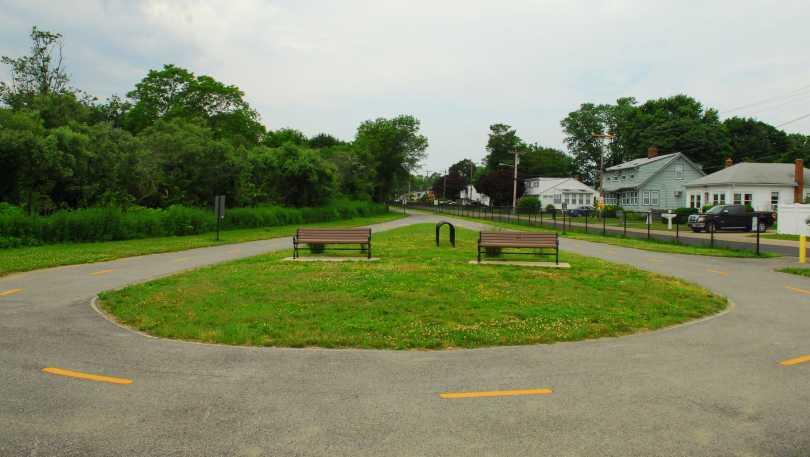 Davisville Bike Path