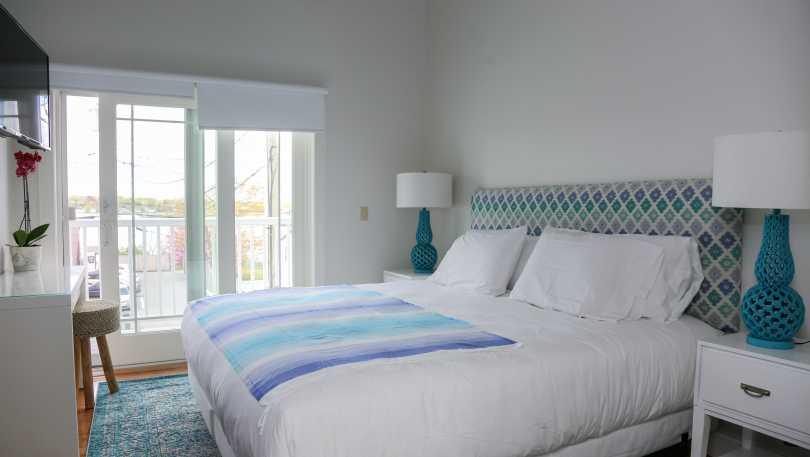 sea breeze bed 1