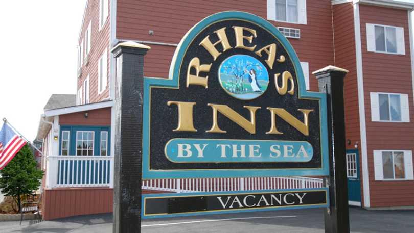 Rhea's Inn by the Sea