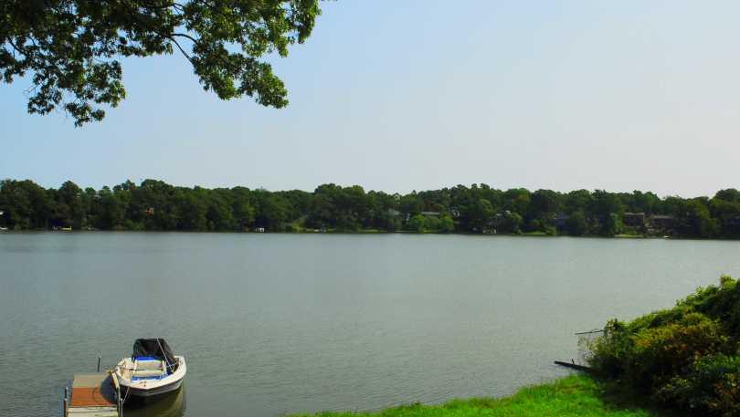 Warwick Pond-Warwick.jpg