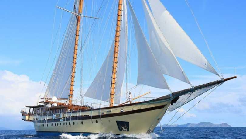 Northrop And Johnson >> Northrop Johnson Yacht Charters