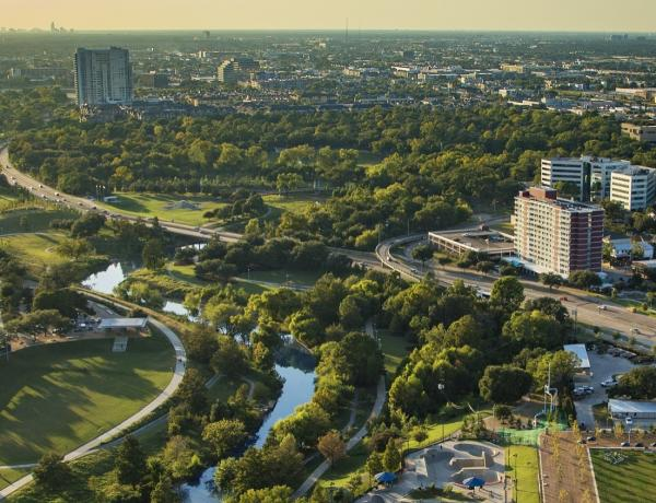 Buffalo Bayou Park and Memorial Drive