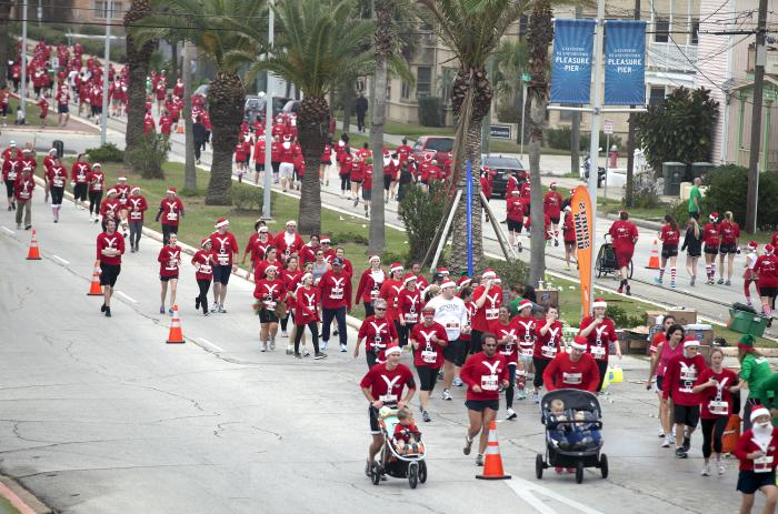 Santa Hustle in Galveston