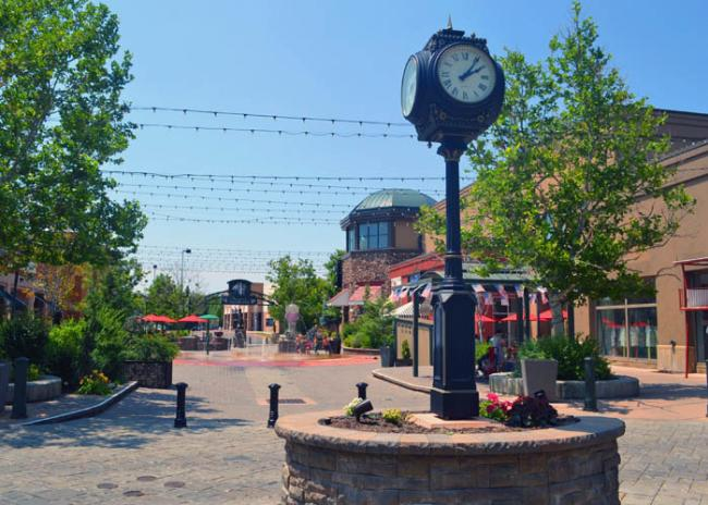 9 Urban Hotspots that Will Make You Fall in Love with Utah Valley - Shopping in Provo