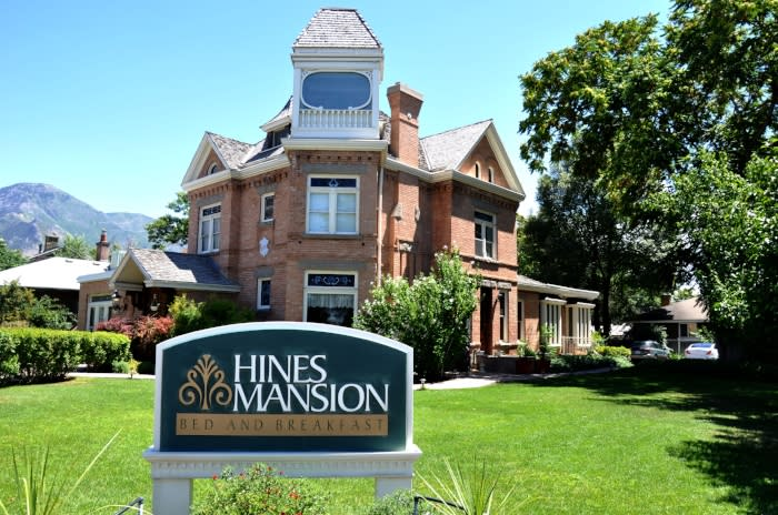 Hines Mansion B&B