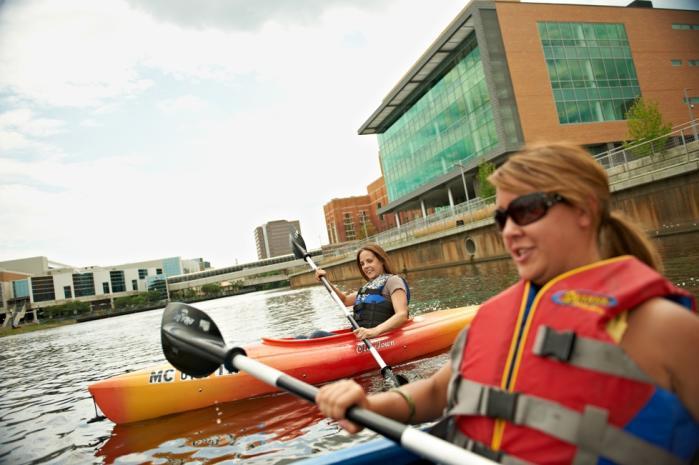Kayaking-downtown-Lansing