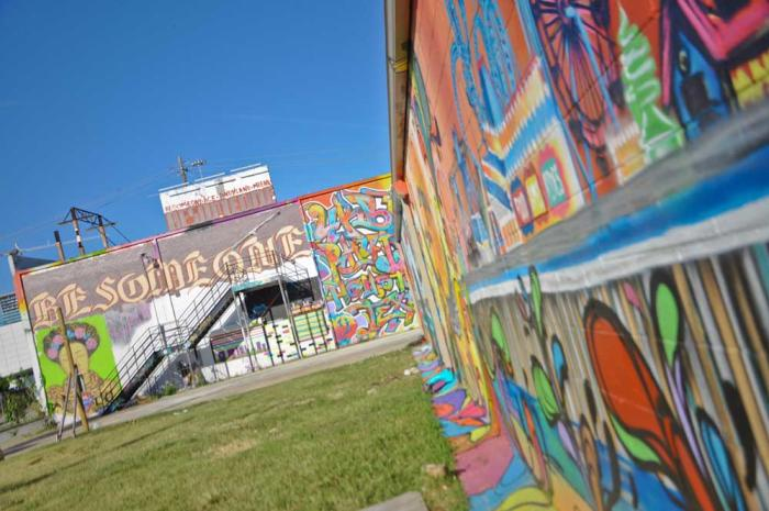 Walls with graffiti at Graffiti Park in Houston