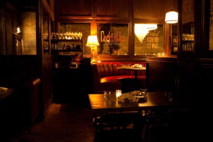 Interior of Bavette's Steakhouse & Bar in Chicago