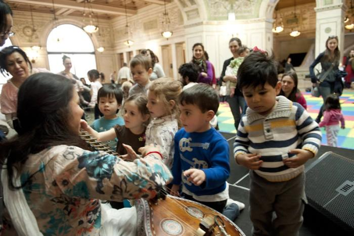 Juicebox at ©Chicago Cultural Center
