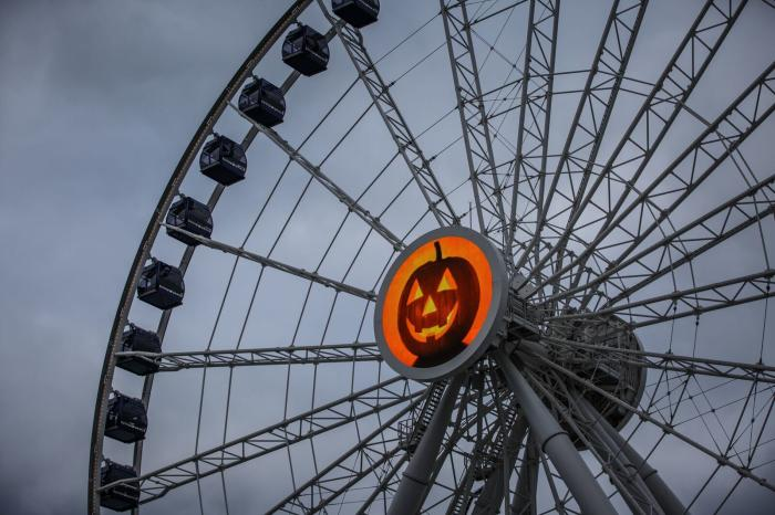 HalloWheel navy pier