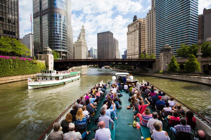 Chicago's First Lady Architecture Cruise