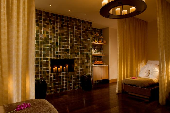 The Peninsula Chicago Spa Relaxation Room
