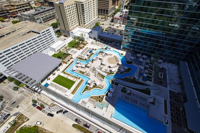Marriott Marquis Pool