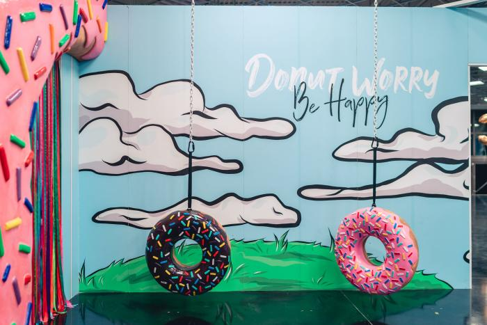 Cheat Day Land Donut Swings