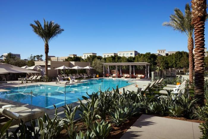 Marriott Irvine Spectrum Hotel Pool