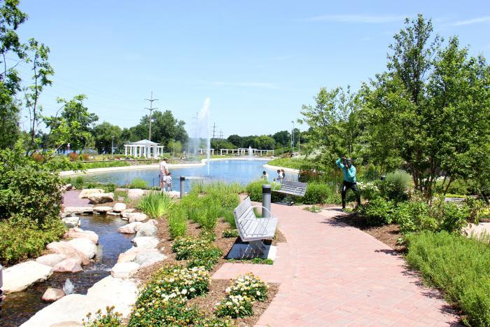 Nicholas Conservatory & Gardens Lagoon