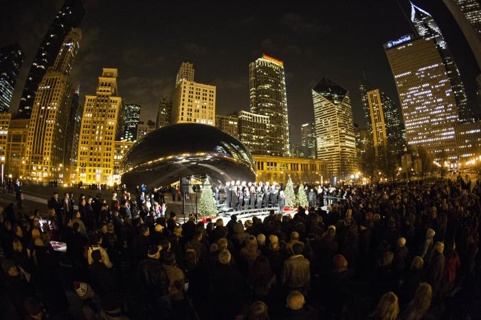People Caroling at the Cloud Gate, Chicago's Bean