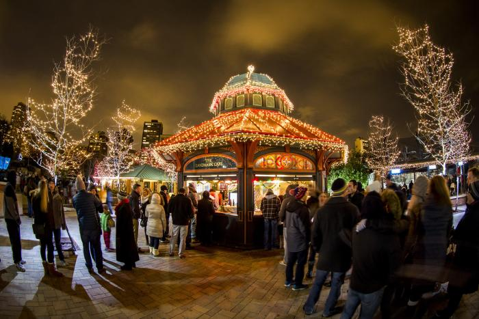 Crowd at Lincoln Park Zoo's ZooLights in Chicago
