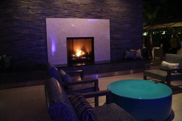 Flow Lounge Fireplace