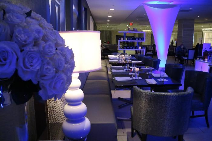 Floe Lounge Dining Area