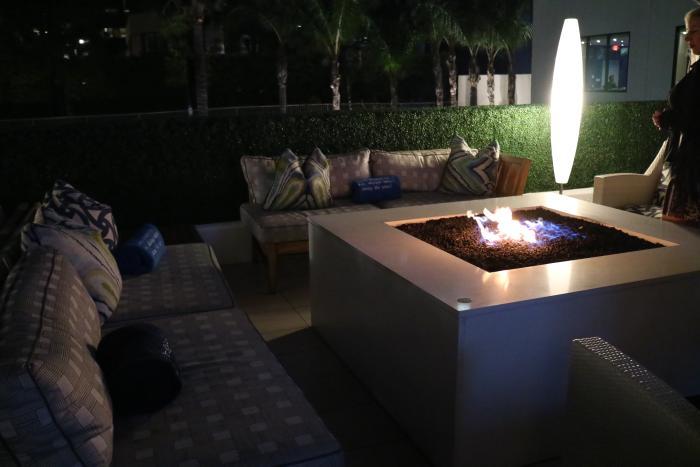 Floe Lounge Patio Firepit