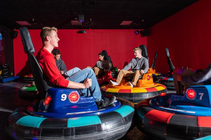 Roseland Bowl Family Fun Center