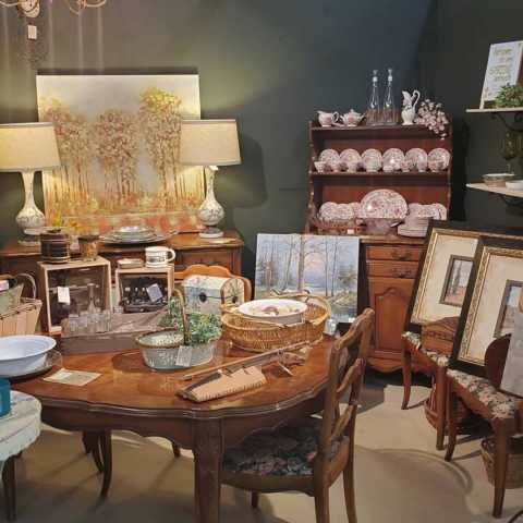 Granny's Attic & Antiques