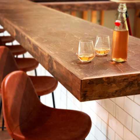 Bar/chairs