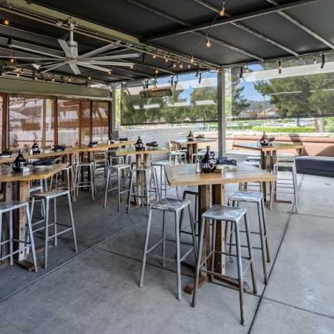 Outside Seating - Karl Strauss Brewing Company