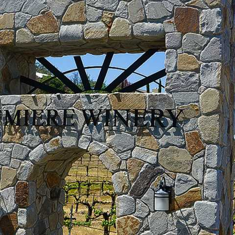 Lumiere Winery Entrance