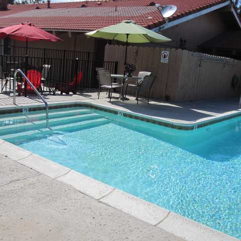 Pool Area- Rancho California Inn Temecula