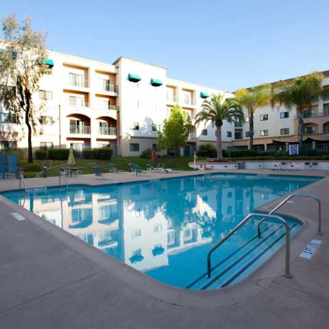 Pool Recreation Area - Embassy Suites Temecula