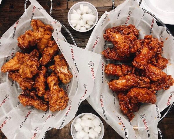 basket of chicken wings