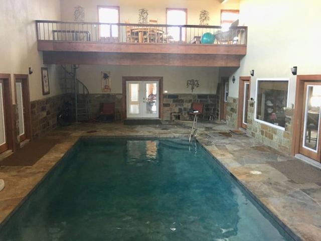 Perry Riverhouse Indoor Pool