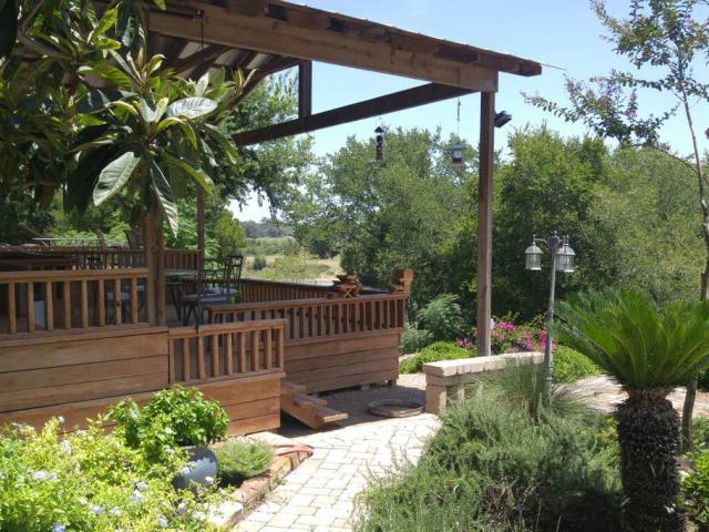 Perry Riverhouse Outside