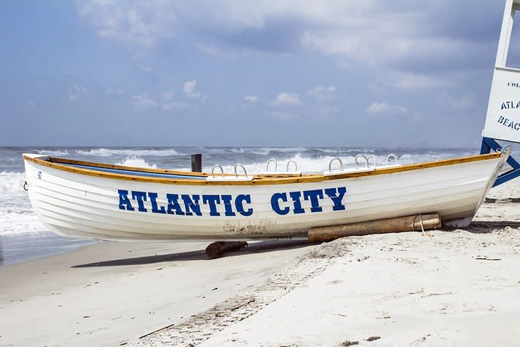 Image of a row boat on the beach in Atlantic City