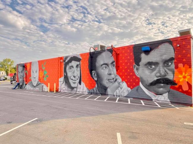 Las Americas Mural