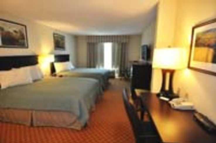 Country Inn & Suites Standard Room