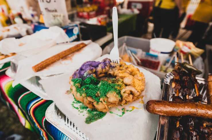 Rosa's Deep Fried King Cake Mardi Gras