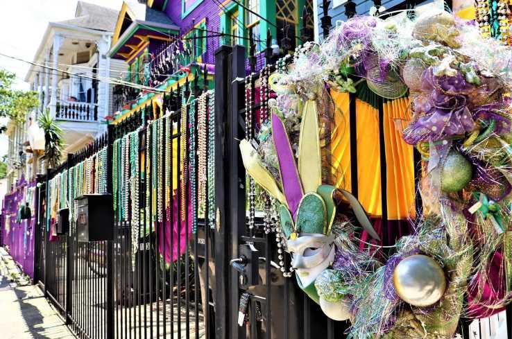 YaYa Tours - Mardi Gras Fence