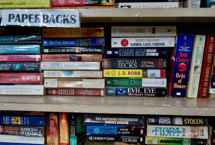 Books at the Richmond Hospital/Healthcare Auxiliary Thrift Shop
